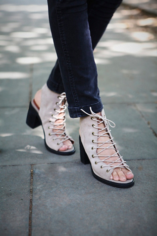 Jeffrey Campbell + Free People Women's Minimal Lace Up Heel