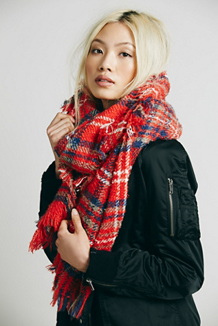 Free People Womens Sienna Oversized Plaid Scarf
