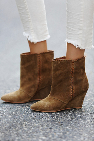 Charles by Charles David Womens Up All Night Wedge Boot