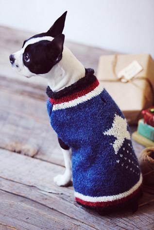 Peruvian Trading CO Womens Americana Dog Sweater