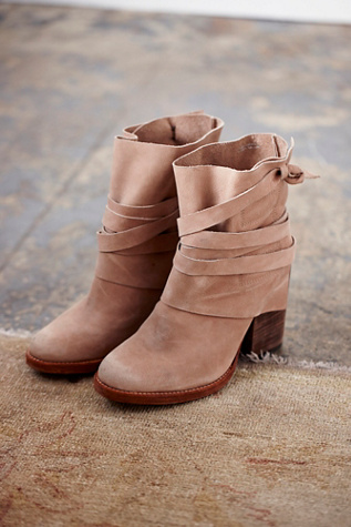 Free People Womens Royal Rush Ankle Boot