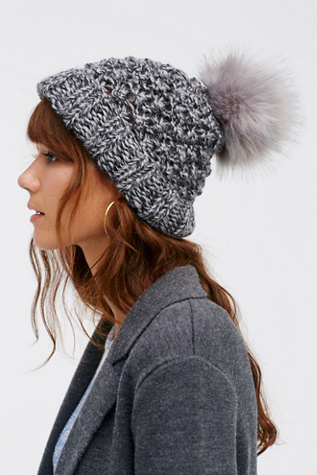 Womens MILE HIGH POM BEANIE