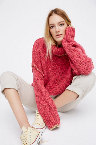 Womens ECHO PULLOVER