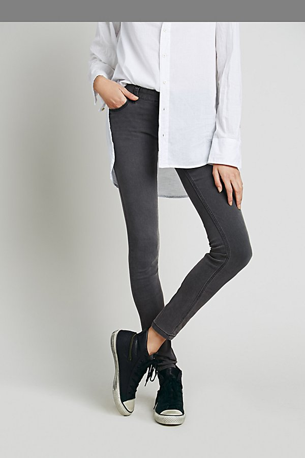 Slide View 2: Lightweight Stretch Skinny