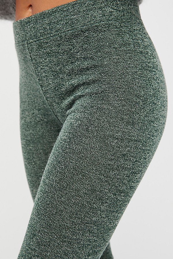 Slide View 4: Soft Legging