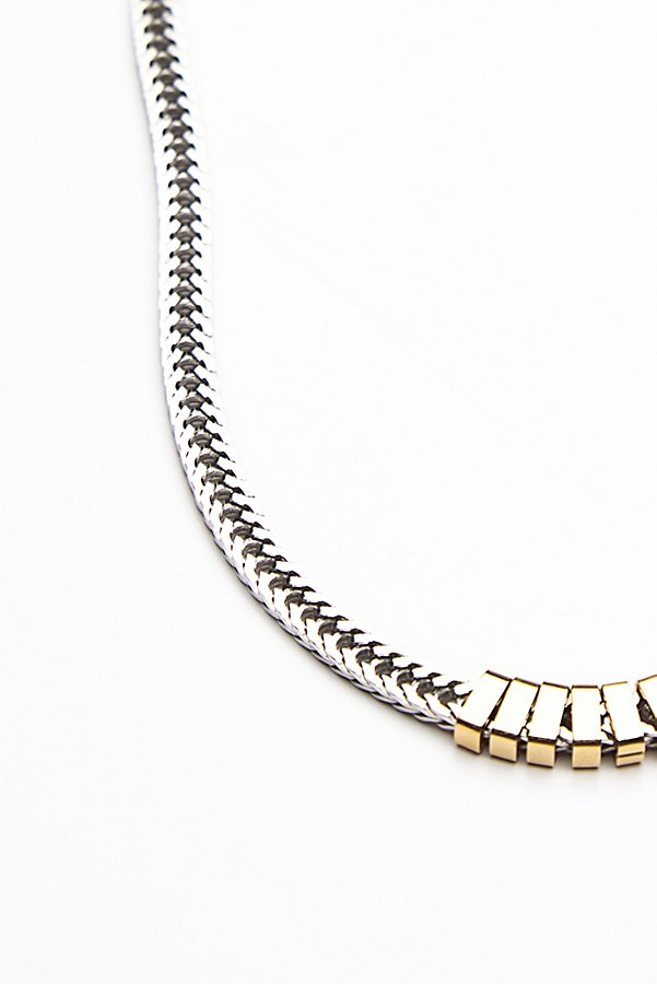 Slide View 4: Flat Chain Necklace