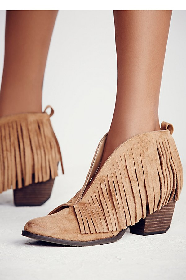 Slide View 5: Tulsi Fringe Boot