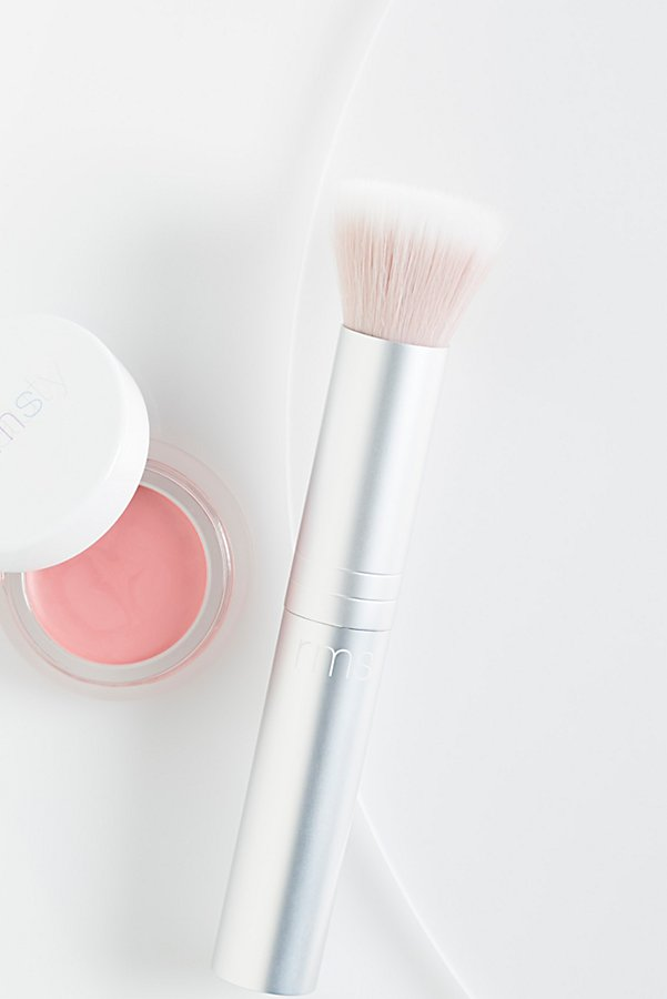 Slide View 1: Skin2Skin Blush Brush
