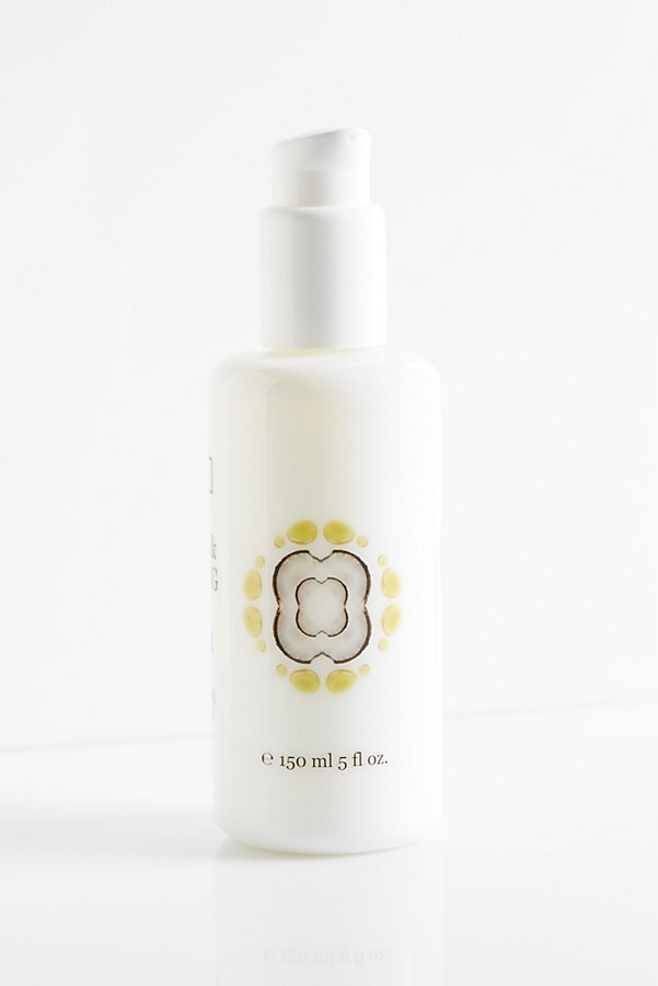 Slide View 4: Soothing & Nourishing Facial Cleanser