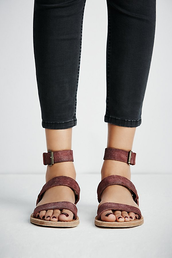 Slide View 3: Crossfire Sandal