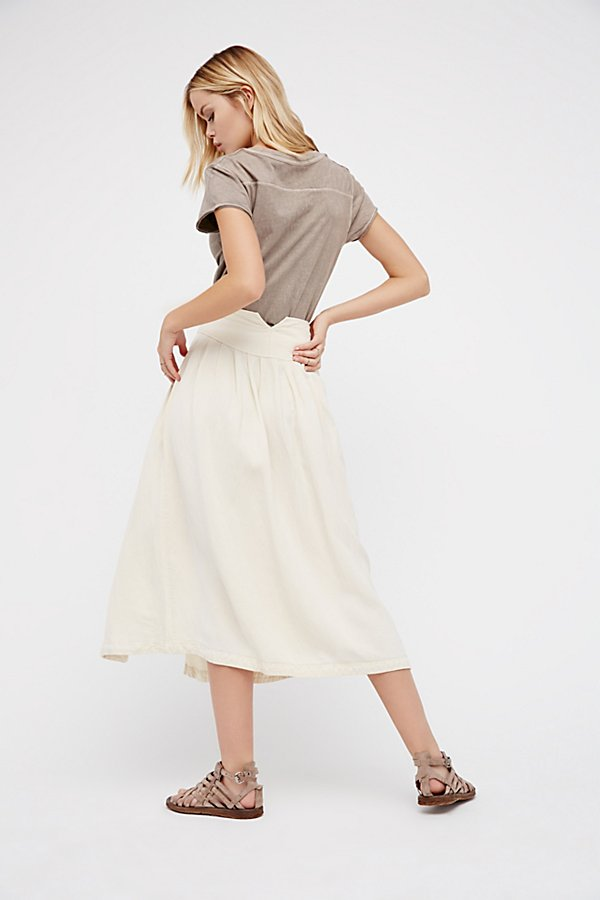 Slide View 3: Sunday Stroll Midi Skirt