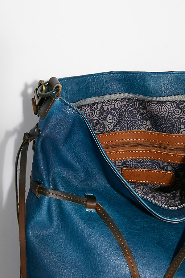 Slide View 5: Gramercy Washed Hobo