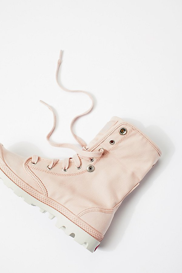 Slide View 4: Baggy Lace-Up Boot