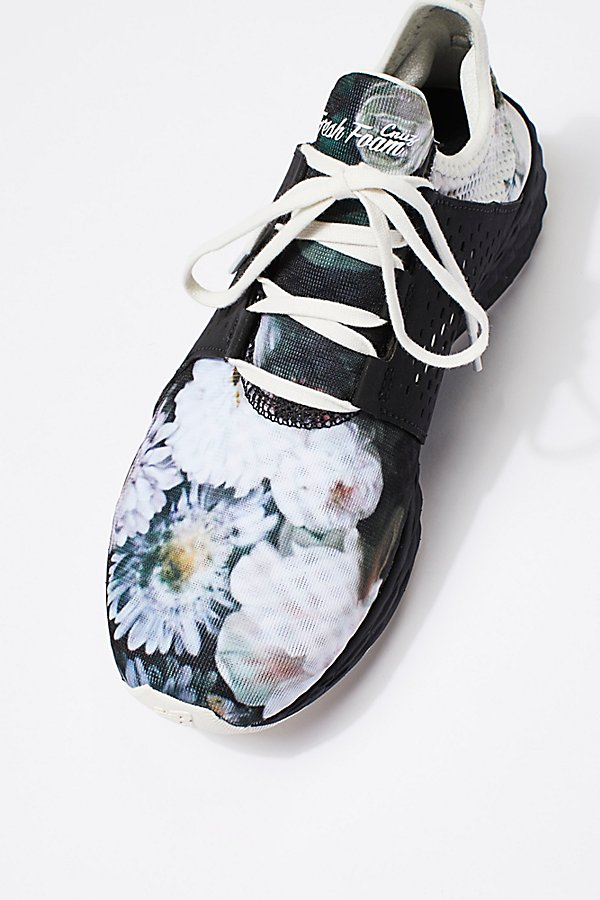 Slide View 4: Fresh Foam Floral Trainer