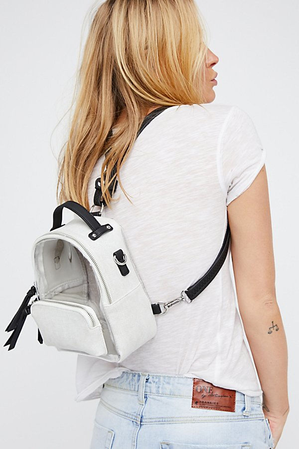 Slide View 6: Luna Convertible Backpack