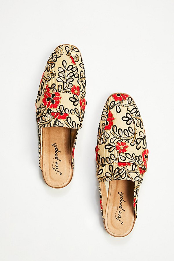 Slide View 3: Brocade At Ease Loafer