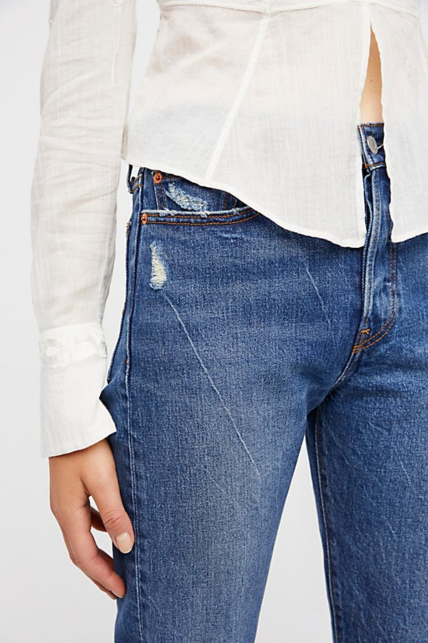 Slide View 3: Levi's Wedgie Straight Jean
