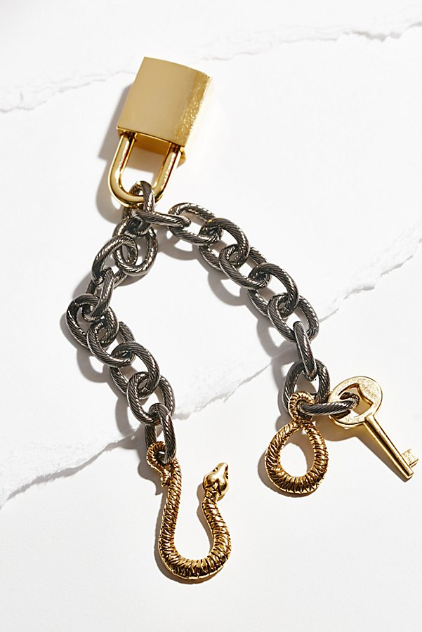 Slide View 1: Snake Lock Chain Bracelet