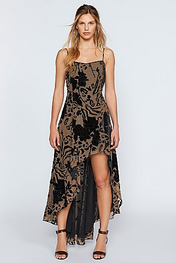 Enchantress Maxi Dress