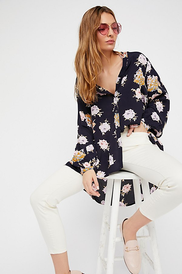 Slide View 1: Julia Printed Blouse