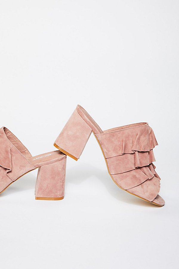 Slide View 3: Cleo Ruffle Block Heel