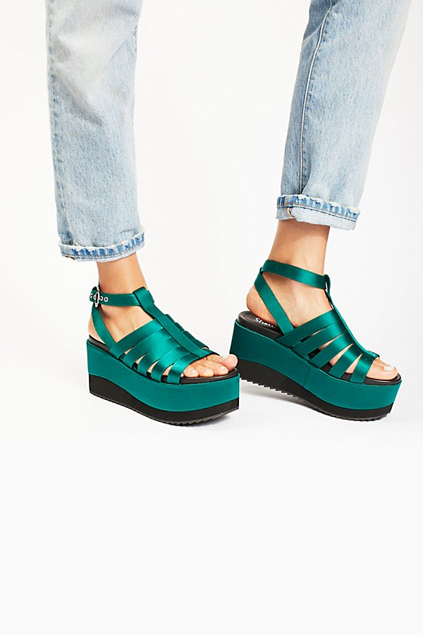 Slide View 2: Lola Platform Wedge