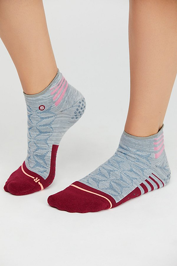 Slide View 2: Exhale Roll Sport Sock