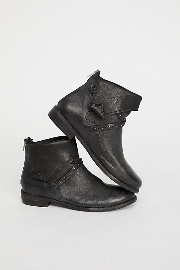 Slide View 1: Alamosa Ankle Boot