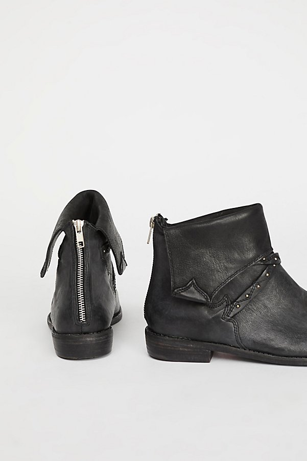 Slide View 3: Alamosa Ankle Boot