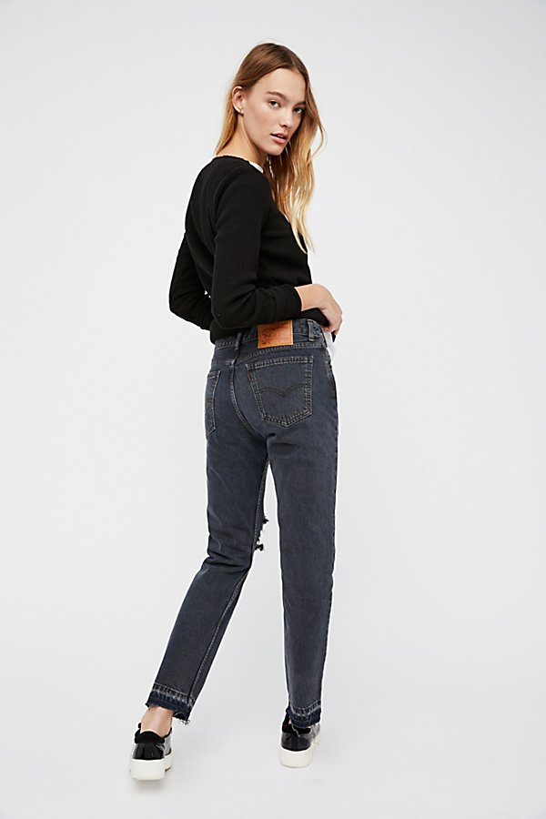 Slide View 2: 501c Distressed Crop Jeans