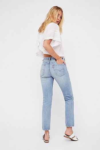 505c Distressed Crop Jeans