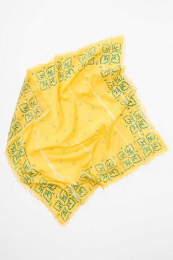 Slide View 3: Beach Club Bandana