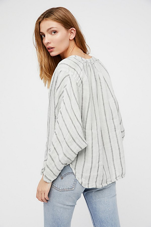 Slide View 3: Striped Dolman Swing Blouse