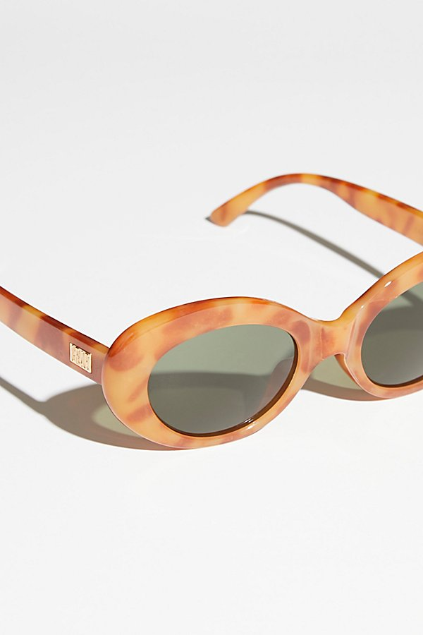 Slide View 3: Love Tempo Sunnies