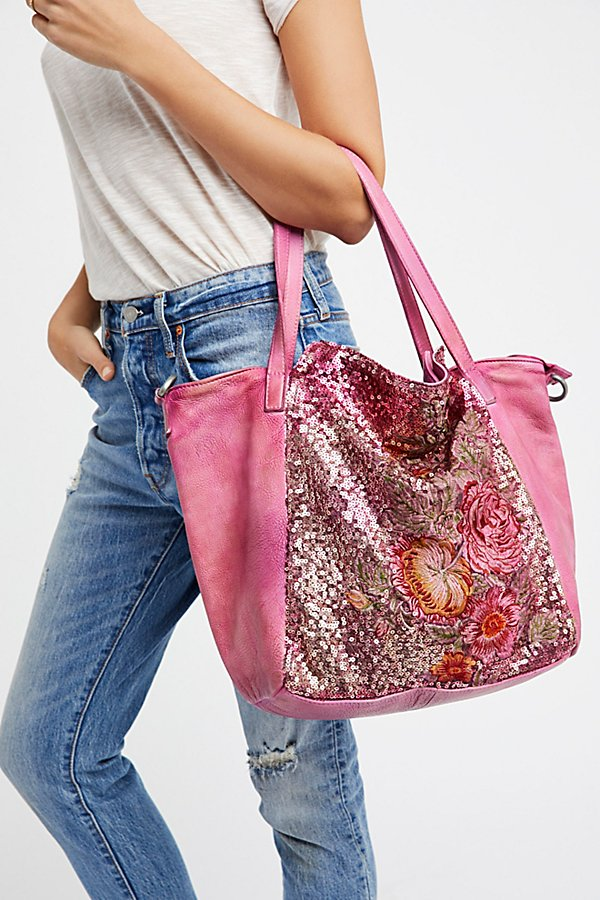 Slide View 1: Gardenia Washed Tote