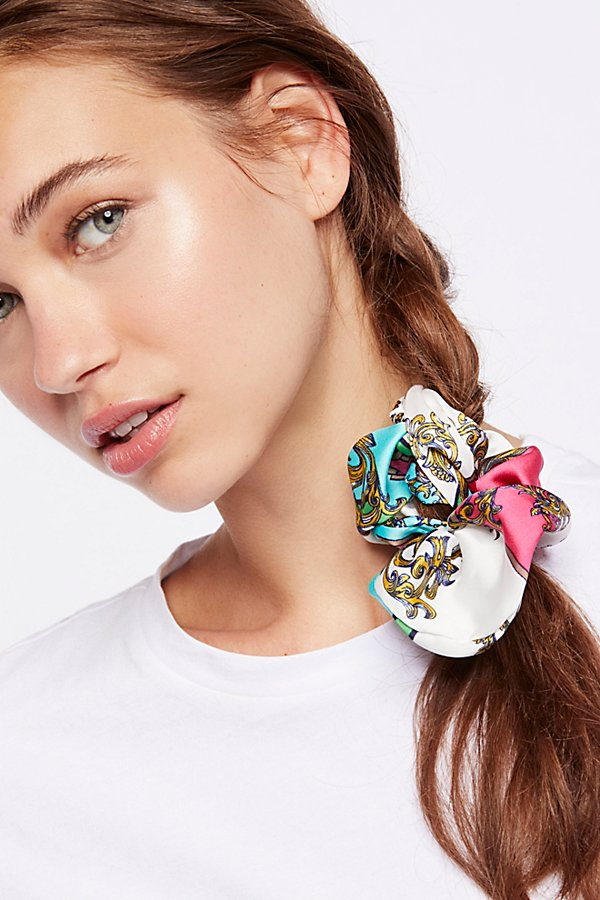 Slide View 1: Printed Scrunchie