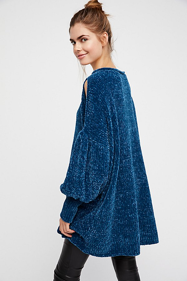 Slide View 4: Moonbeam Pullover