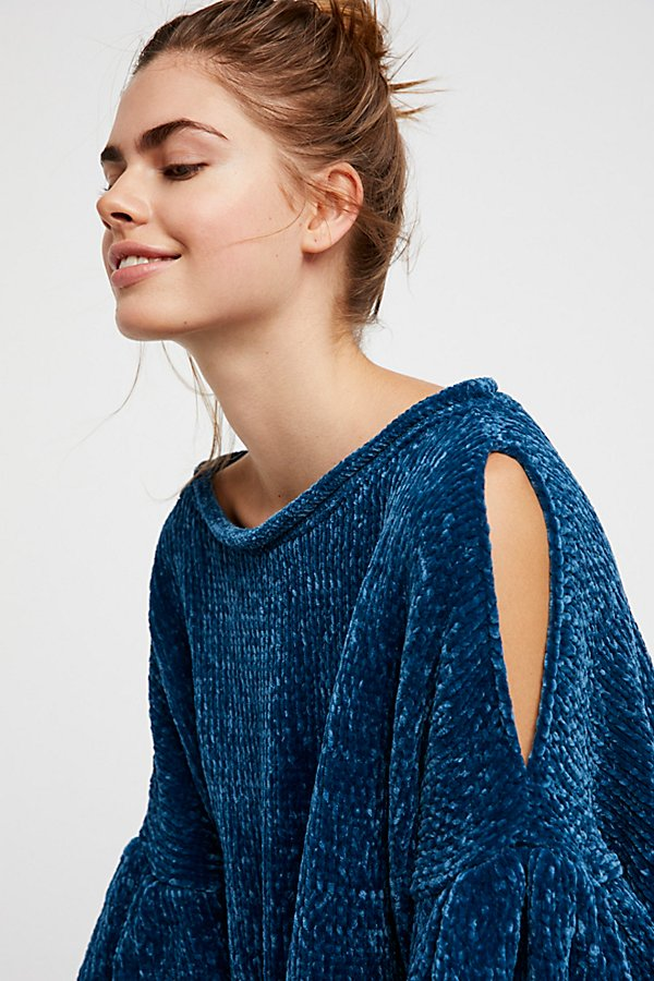 Slide View 3: Moonbeam Pullover