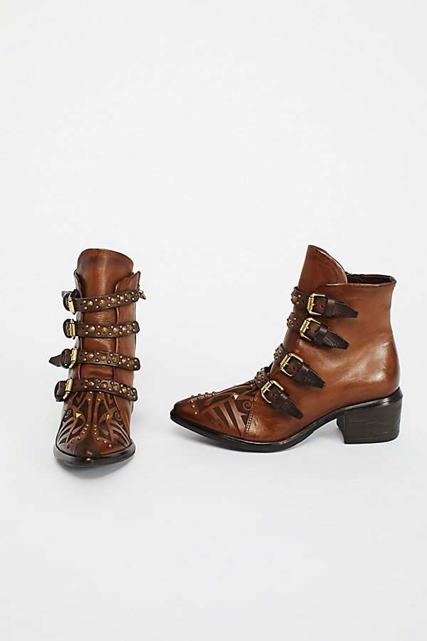 Slide View 4: Eastern State Ankle Boot