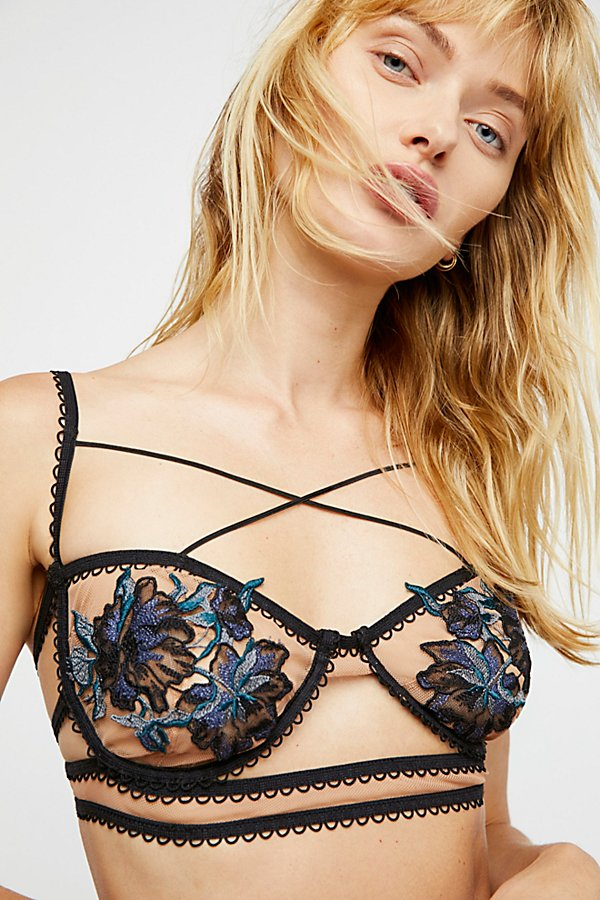 Slide View 1: Daphne Applique Bra