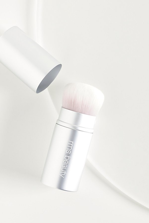Slide View 1: Kabuki Polisher Brush