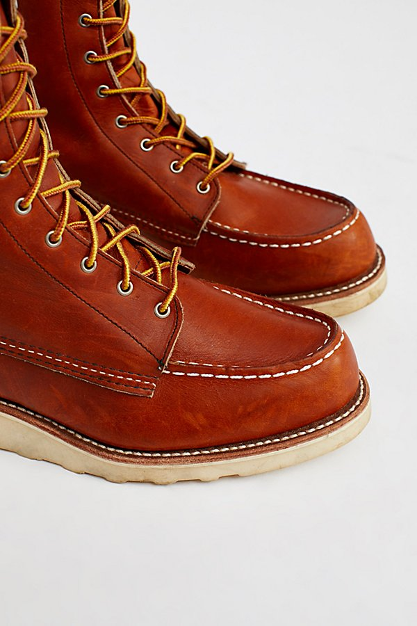 Slide View 4: Red Wing Classic Moc Boot