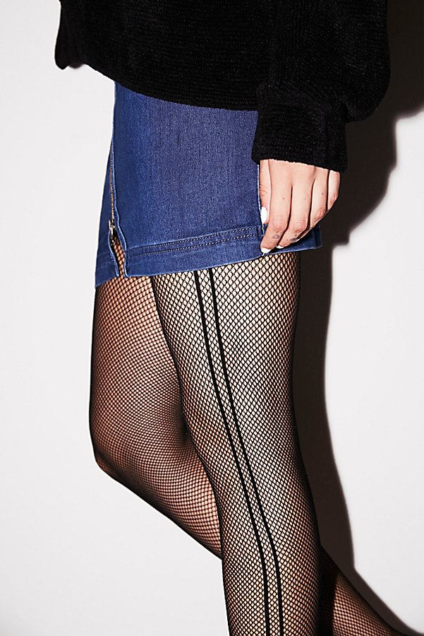Slide View 1: Sport Fishnet Tights