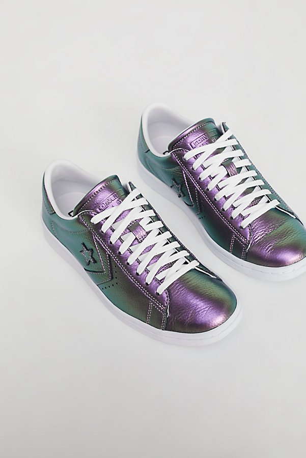 Slide View 3: Viola Leather Low Top Sneaker