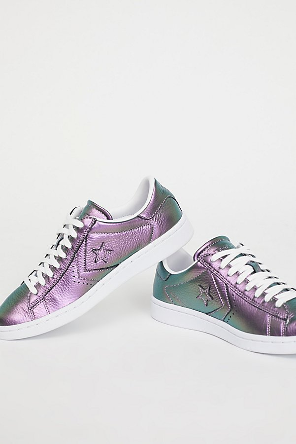 Slide View 4: Viola Leather Low Top Sneaker