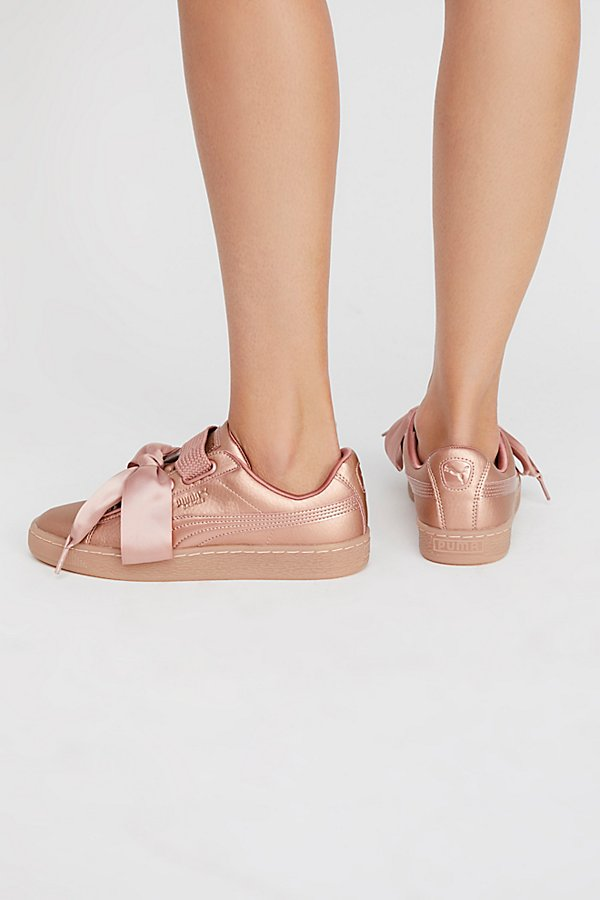 Slide View 3: Basket Heart Copper Sneaker