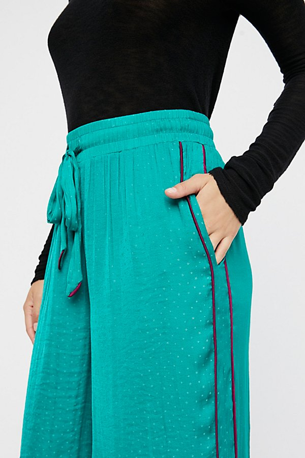 Slide View 4: Easy Breezy Trousers