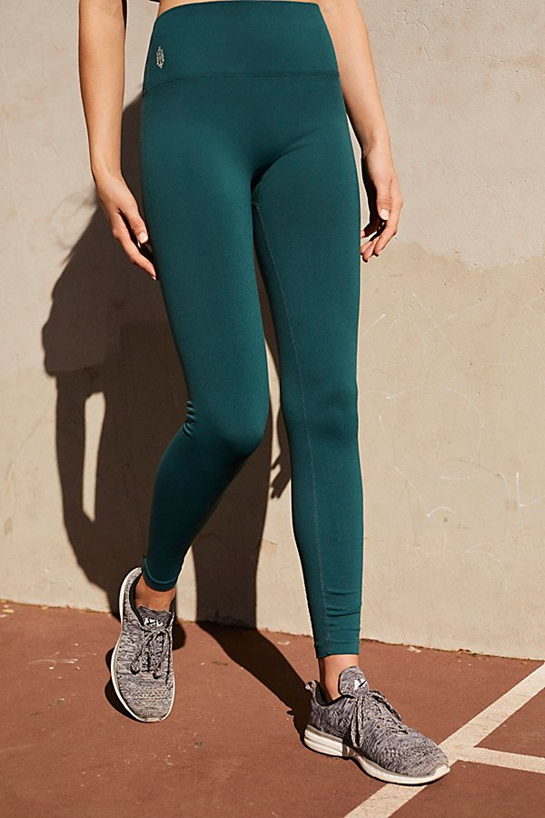 Slide View 1: Seamless Contour Legging