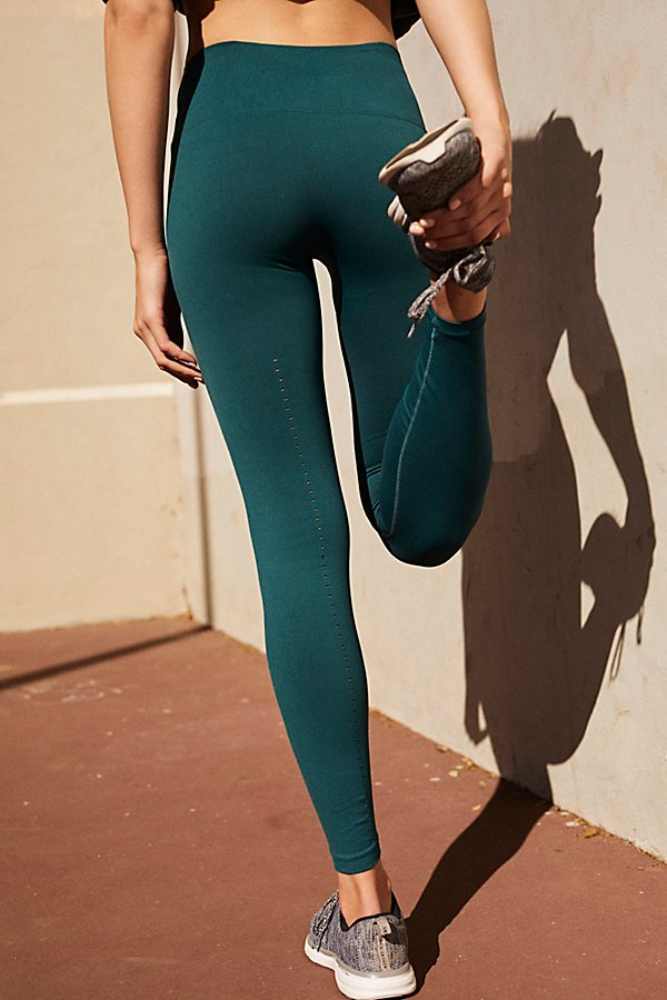 Slide View 2: Seamless Contour Legging