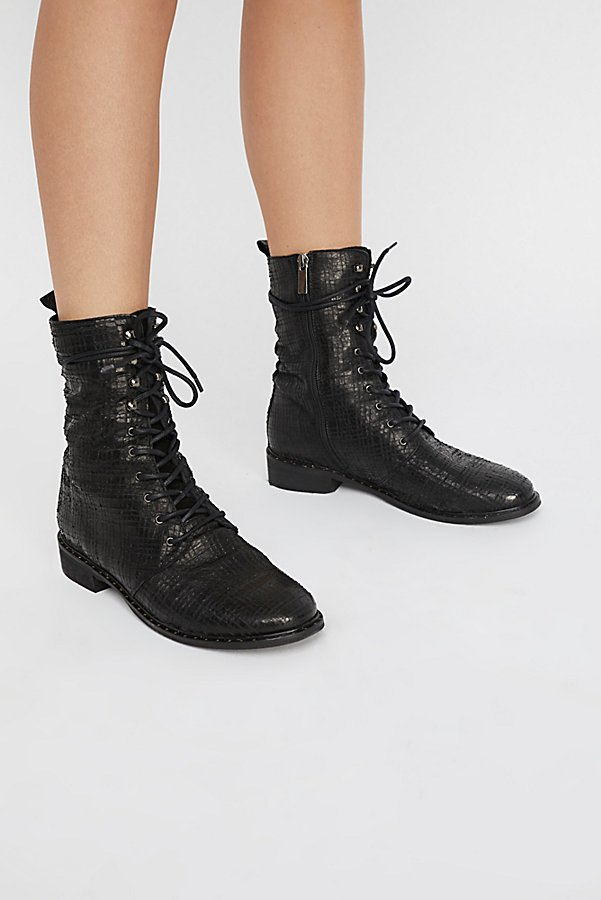 Slide View 2: Fort Night Lace Up Boot